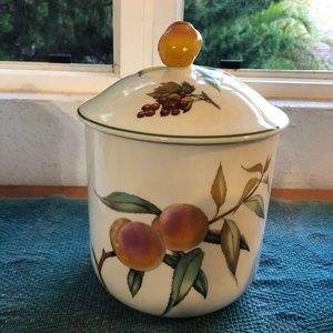 """Royal Worcester Evesham Vale 6"""" Peach Canister&Lid"""